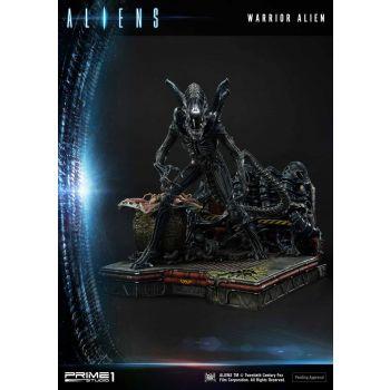 Aliens Premium Masterline Series statuette Warrior Alien 67 cm
