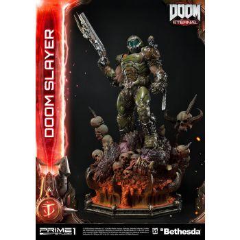 Doom Eternal statuette Doom Slayer 108 cm