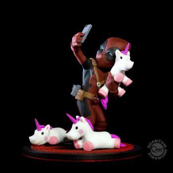 Marvel diorama Q-Fig Deadpool #unicornselfie 10 cm
