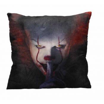 « Il » est revenu 2017 oreiller Shut Up 45 x 45 cm